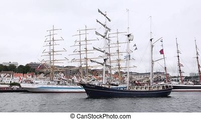 Dutch sailing vessel Thalassa comes into port of Stavanger -...