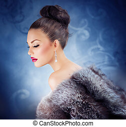 Winter Girl in Luxury Fur Coat. Fashion Fur. Jewelry