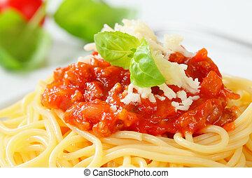 Spaghetti Bolognese - Spaghetti with meat-based tomato sauce...