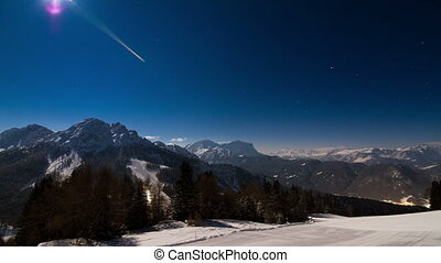 Nightscape Dolomites - Beautiful time lapse of the mountains...