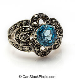 Blue Topaz Ring - Sterling silver faceted blue topaz and...