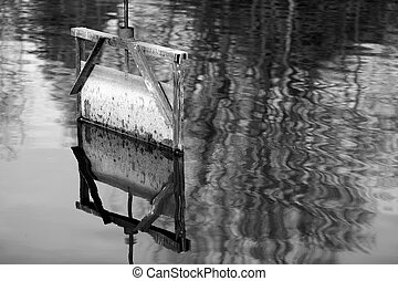 Sluice gate - Details of a sluice of a pond in in Dombes in...