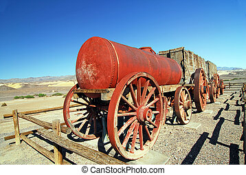 Borax Mining Cart - Borax Mining Carriage in Death Valley...