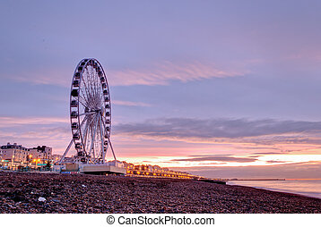 Brighton - Giant Brighton Wheel at sunrise.