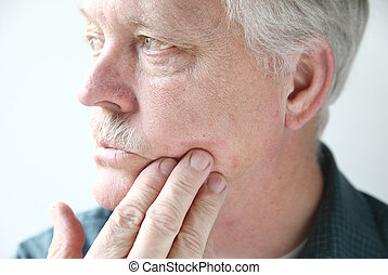 itchy rash on mans face - older man with a red, itchy rash...