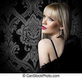 Portrait of beautiful woman in luxury fur coat - Beautiful...