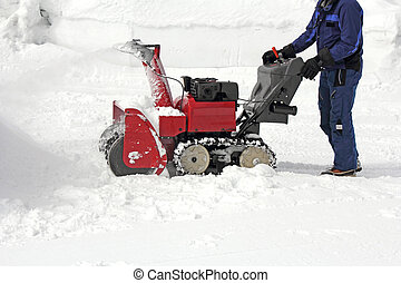 Snow removal - Work the removal snow with snow machines