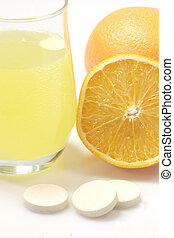 Healthy drink_2 - Glas of fizzy liquid with Effervescent...
