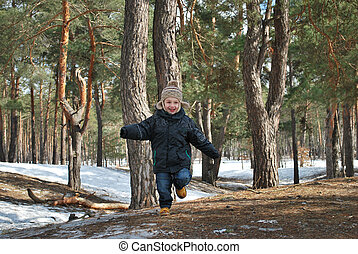 Hooray, spring - Spring, a little boy runs through the pine...