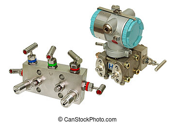 Manifold block and differential sensor.