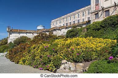Alcatraz, isla, Jardines, prisión