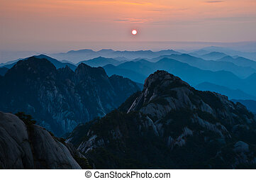 Huangshan Sunset - Huangshan in southern Anhui Province,...