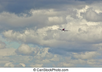 Airplane Approach - One-engined airplane approaches
