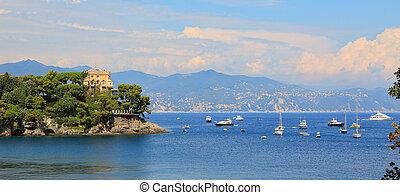 Panoramic view on bay of Portofino.