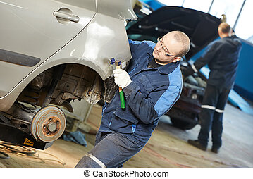 Automóvil, reparación, hombre, aplanar, metal,...