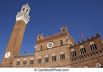 palazzo pubblico the citys civic palace il campo siena...