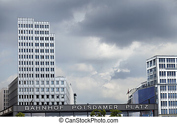 Bahnhof Potsdamer Platz - Cloudy gray sky above the...