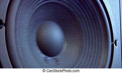speaker close side loop