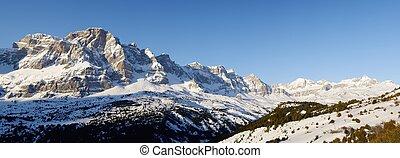 Pyrenees - Sunrise in Telera Peak, Partacua Mountains, Tena...