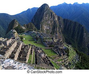 Machu Picchu: the lost city - Early morning at Machu Picchu,...