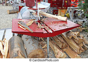 Log Splitter - Fire wood and log splitter hydraulic machine