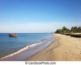 Natural beautiful beach - Natural beautiful beach in Phu...