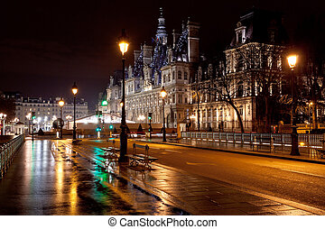 City Hall in Paris at night - view of Hotel de Ville (City...