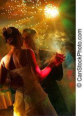 recém casado, par, Dançar