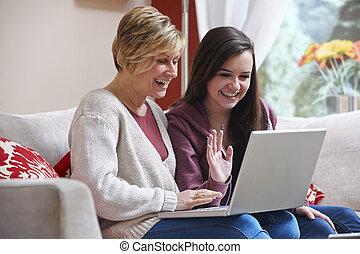 macierz, córka, Laptop