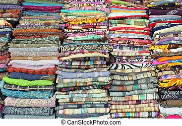 colorido, bufandas