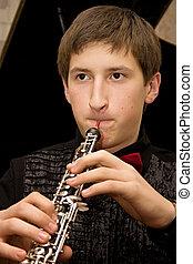 年輕, 音樂家
