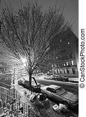 Snow in Harlem Manhattan New-York Black & White - New-York,...