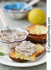 bean pate with toast bread