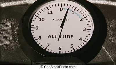 Altimeter, plane, up and down