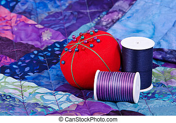 Quilting thread and pin cushion - Quilting thread and...