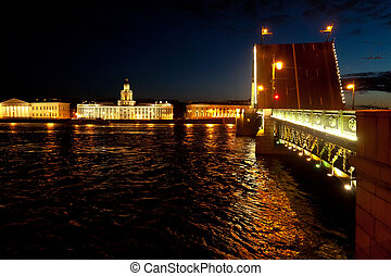 Drawbridges in Saint Petersburg, Ru - For the passage of...