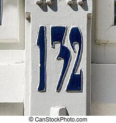 Nr 132 - jugendstil house number hundred and thirty-two...