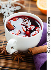winter hot drink of wine, mulled wine closeup