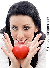 modelo, segurando, pequeno, vermelho, Coração