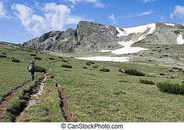 hiking in nature - hiking in the Bulgarian Balkans