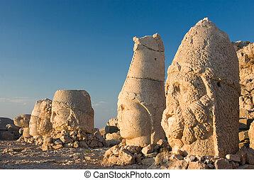Nemrut dagi - Stone faces at the ancient site of Nemrut Dagi...
