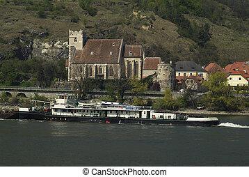 Austria, Lower Austria, Wachau, 8407-21 - Austria, ship on...