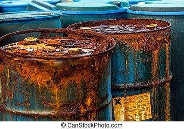 varios, barriles, tóxico, desperdicio