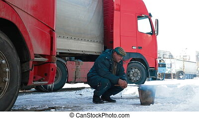 Truck driver quick lunch