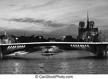 Night Paris view