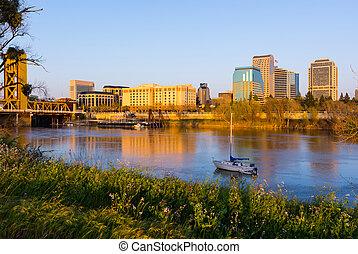 Sacramento, Zachód słońca
