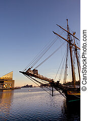 Pride of Baltimore - Historical frigate with National...