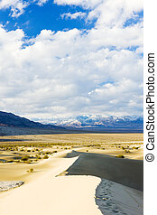 Stovepipe Wells sand dunes, Death Valley National Park,...
