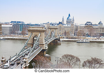 Chain Bridge ,Budapest, Hungary - Chain Bridge (Szechenyi...