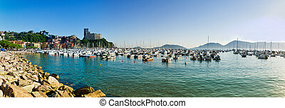 Lerici typical village, Castle and - Lerici in Liguria with...